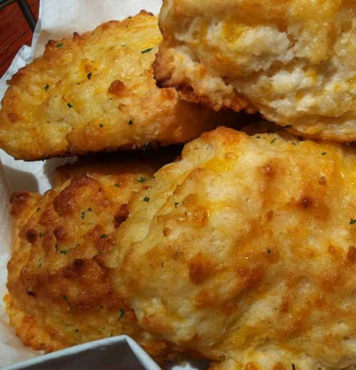 Recipe for Copycat Red Lobster Cheddar Biscuits