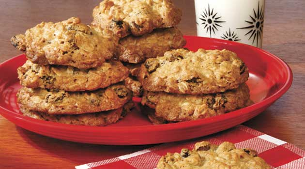 Recipe for Big and Chewy Oatmeal Raisin Cookies - My daughter made these cookies today for her grandchildren and they are the best oatmeal cookies I have ever had. You simply have to try them.