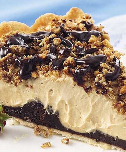 Recipe for Copycat Bob Evans Peanut Butter Pie - Noticed this recipe on Pinterest with missing a very important missing ingredient, so now you can have the actual copy cat recipe for Bob Evens Peanut Butter Pie!!