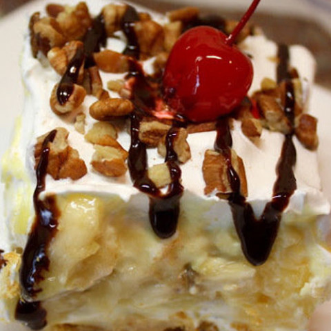 Recipe for Banana Split No Bake Dessert - Everyone will love that this dessert reminds them of a banana split, and you will love that it took less than 20 minutes to throw together.