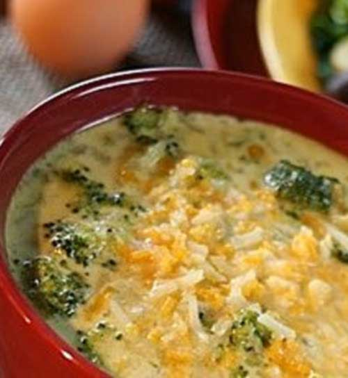 Copycat TGI Fridays Broccoli Cheese Soup