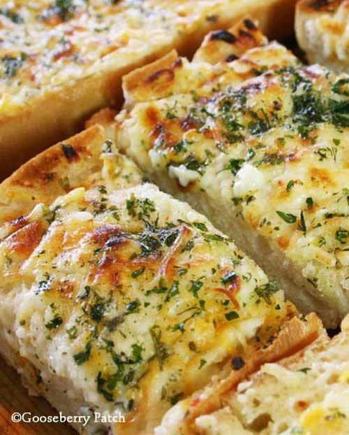 Bubbly Cheese Garlic Bread