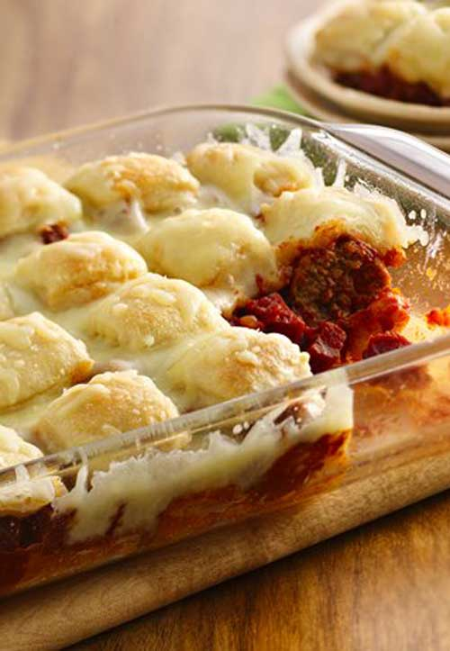 Recipe for Bubble Pizza Meatball - This bubble pizza casserole is quick to assemble and bakes in under 30 minutes. It is so easy, and tastes so good that it will be a new staple around your house.