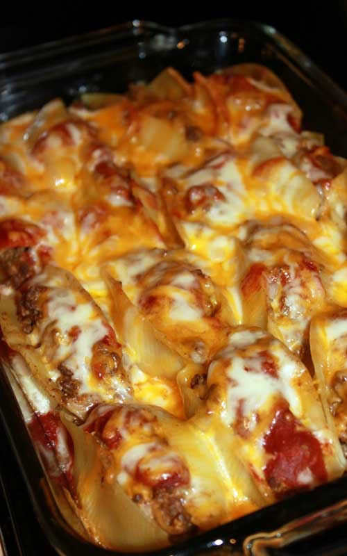 Recipe for Taco Stuffed Shells - Pasta shells get a south of the border makeover when filled with taco ingredients and your favorite salsa. It is so good you may want to double the recipe, so you can freeze some to enjoy later!
