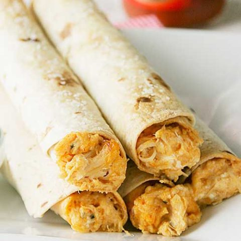Recipe for Baked Buffalo Chicken Taquitos - Any Buffalo chicken lover will love these Baked Buffalo Chicken Taquitos. Perfect for any party or just a snack!