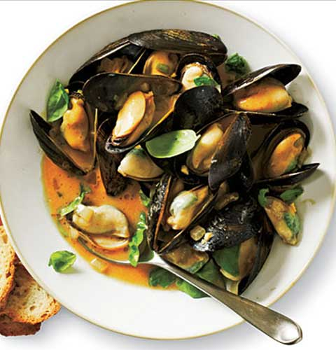 Curried Mussels With Coconut Milk Recipe