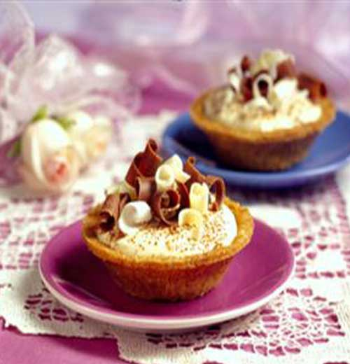 Celebrate your love for dessert these easy to make Valentine Tarts