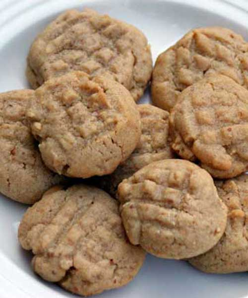 Recipe for Perfectly Chewy Peanut Butter Cookies - They have the perfect texture, and the surprise of sweet peanut butter chips in each bite. The recipe also calls for chocolate chips, but I skipped those.
