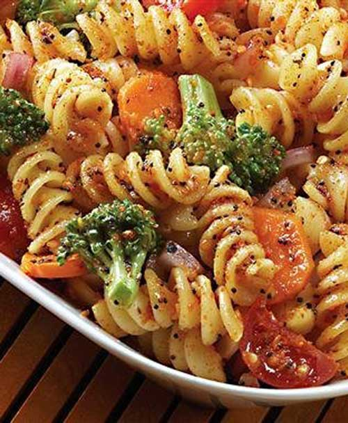 Recipe for Broccoli Pasta Salad - This is a great recipe to make for BBQs, picnics, or any other gathering