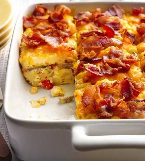 Brunch? Mix up breakfast favorites of bacon and hash browns in a make-ahead Bacon and Hash Brown Egg Bake.