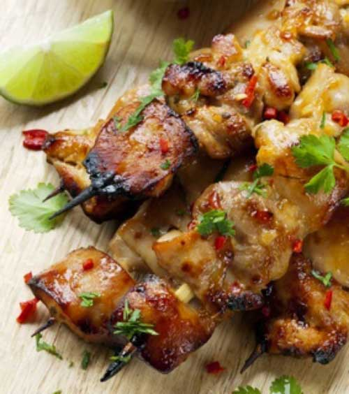 Recipe for Cilantro Chili Chicken Skewers - Super tasty and healthy meal, can be served as an appetizer, alongside a salad or as a main course.
