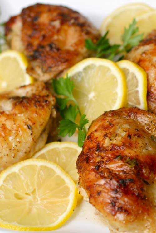 Recipe for Lemon Chicken - This easy lemon chicken recipe is one of our most popular main dish chicken recipes. Pair it with crisp veggies and a side of rice for a delicious dinner.