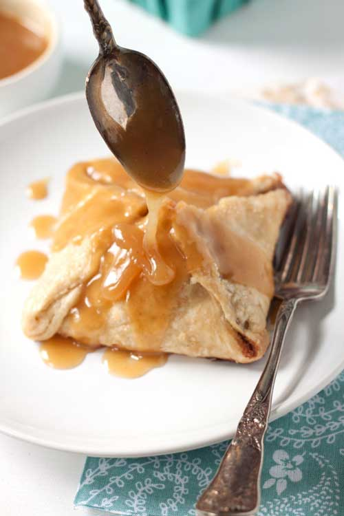 Peach Dumplings With Vanilla Cream Sauce Recipe Flavorite
