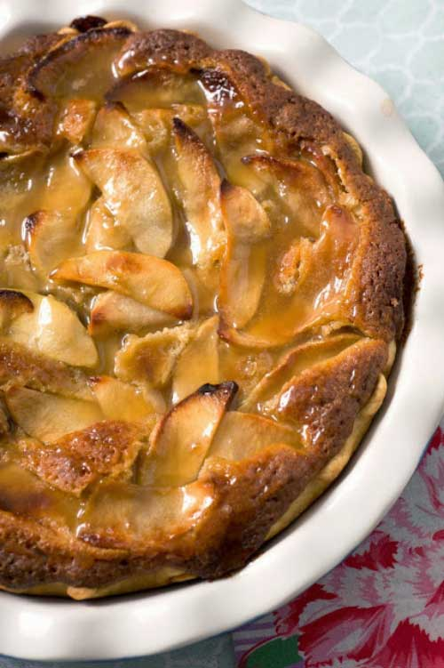 Recipe for Caramel Apple Blondie Pie - This pie was everything I dreamed it would be - Toasted pecans throughout, and the caramelized apples with just the right sweetness. I am drooling AGAIN!