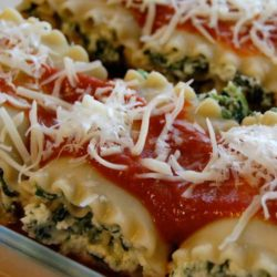Recipe for Spinach Lasagna Rolls - If you are wanting lasagna without all of the work, this recipe is for you. So quick and easy that you can enjoy it any night of the week.