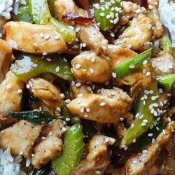 Recipe for Black Pepper-Garlic Chicken - Here's one on my favorite Stir-fry recipes, inspired by Black Pepper Chicken served at Panda Express Restaurants
