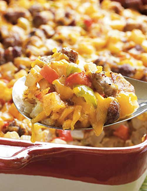 Recipe for Country Breakfast Casserole - This dish makes a very hearty breakfast, and easily feeds a large family or group. Fortunately, it is also easy to halve this recipe