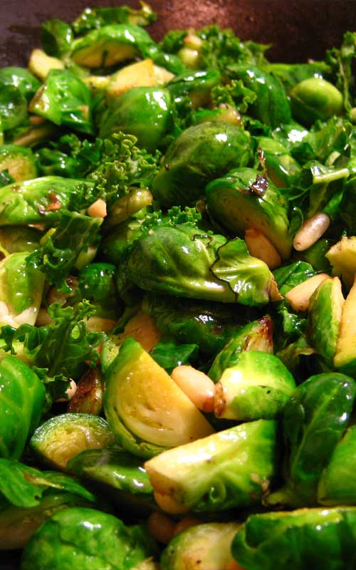 Recipe for Braised Sprouts with Pine Nuts - An easy side dish of Brussels Sprouts that are crispy on the outside, tender on the inside.