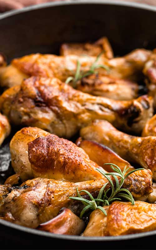 Recipe for Skillet Rosemary Chicken - Cooked entirely in one pan making it the perfect quick and easy dinner! Best of all this Skillet Rosemary Chicken cooks up tender with a crispy skin, and the gravy is out of this world good! A hit with the entire family.