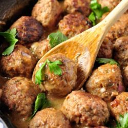 Recipe for Swedish Meatballs - The best Swedish meatballs, made from scratch with an easy and creamy gravy, even better than what you get at IKEA! Make a huge batch of meatballs and keep them in the freezer for a quick meal.